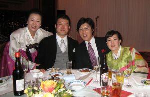 希貞ちゃんとS君の結婚披露パーティー;家族に乾杯!