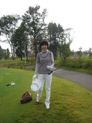 F-cup;美人でゴルフもうまいとはこの方です